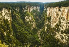 CÂNION APARADOS – Aparados da Serra-Rio Grande do Sul-Brasil