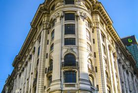 IMPONENTE ESQUINA – Buenos Aires-Argentina
