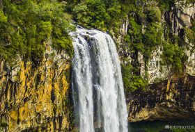 QUEDA D'ÁGUA – Canela-Rio Grande do Sul-Brasil