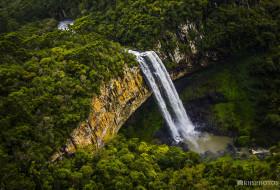 CASCATA EM CURSO – Canela-Rio Grande do Sul-Brasil