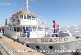 """BARCO CISNE BRANCO – Vídeo produzido na reinauguração do Barco Cisne Branco. O vídeo """"Todos a bordo do Cisne Branco"""" mostra como está, após a tempestade que atingiu Porto Alegre, um dos grandes símbolos da Capital dos gaúchos. Subam a bordo!"""